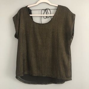Vince Camuto Gold Luster Top Small